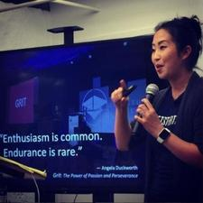 Arry Yu, #blockchain #CornellClub #500Strong #Founder #40Under40 #StartupTech #Mom logo