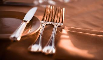 Food Etiquette in Social Settings