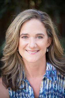 Sarah Lowe, Certified Health Coach logo