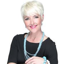 Tiffany Hoeckelman of Lone Orange Marketing - Hosted by Amy Baue logo