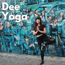 Dee.Yoga logo