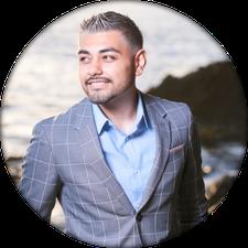 Manny Lopez (Founder & CEO of Custom Online Branding) logo