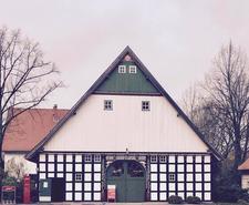 Jacques´Wein-Depot Bielefeld-Babenhausen logo