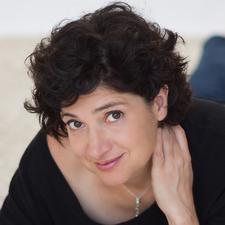 Fabienne Slama - FabYOUlicious logo