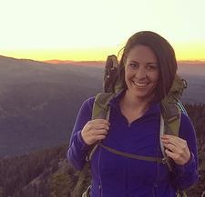 Elle, Mountain Chicks Ambassador:Oregon logo