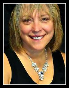 Deborah Kaye, Executive Stylist logo