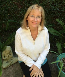 Tracey Bolton, Nationally Certified Spiritualist Medium logo