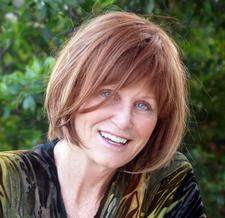 Julie Newsome logo