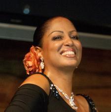 Jacnique Nina (jn@jacniquenina.com) logo