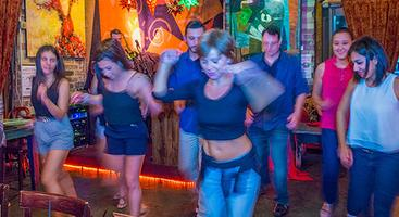 Latin Nights in Buckhead - Free Salsa Lessons & Live...