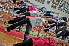 Lindsay Curtin Yoga logo