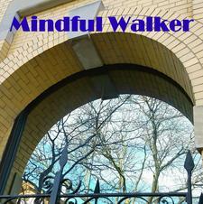 Mindful Walker logo