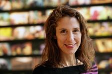 Elizabeth Mantia, CMT & Wellness Advocate Flow In Massage logo
