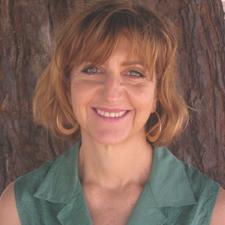 Gail Weiner, MFT, founder of Datewise logo