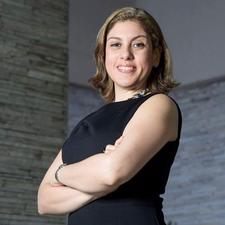 Adriana Vale, mentora de negócios logo