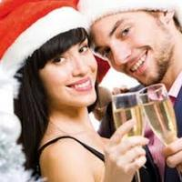 Moonlight & Mistletoe: Holiday SINGLES Party (ages...