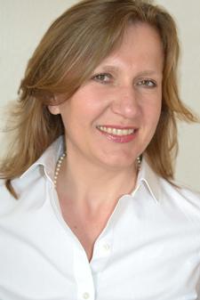Dr Gordana Kierans logo