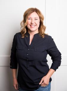 Julie Winder logo
