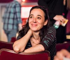 Mara Kurotschka - Regisseurin und Coach für Körpersprache und nonverbale Kommunikation logo