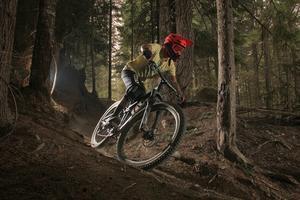 Clínica ciclismo de montaña para mujeres principiantes.