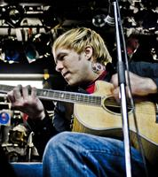 Kristopher Roe of The ATARIS (acoustic)