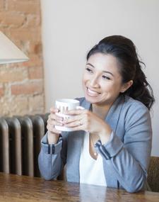 Karen Swyszcz - Business/Blog Strategist for Makinthebacon logo