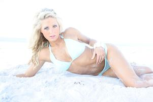 Tennessee Titans Cheerleaders Swimsuit Calendar Release...
