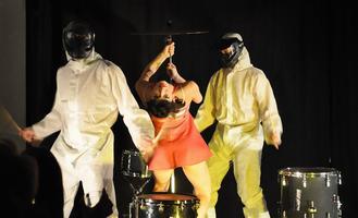 GUT REACTION (Percussive Dance Theatre) + Das Fluff +...
