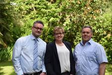 Das Experten Team: Wir für Unternehmer powered by McDATA Grevenbroich logo
