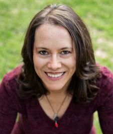 Tanya Maidment from GreenLifeOrganics logo