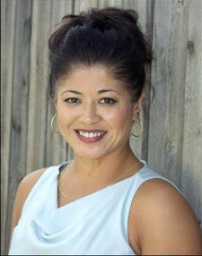 Tonya Mecum logo