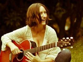 The Settee Sessions' with Sarah Saville.
