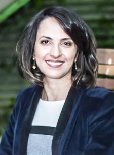 Priscila Avelar - Prisence Consultoria de Imagem Pessoal & Corporativa logo