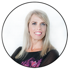 Aura McKay, Business & Lifestyle Strategy Coach logo