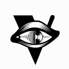 I V logo