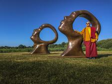 Sculpture by the Lakes logo