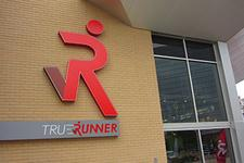 True Runner St. Louis logo