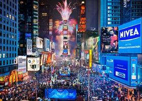 Tonic Times Square - New Years Eve 2013 Party - Open...