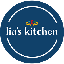 Lia's Kitchen  logo