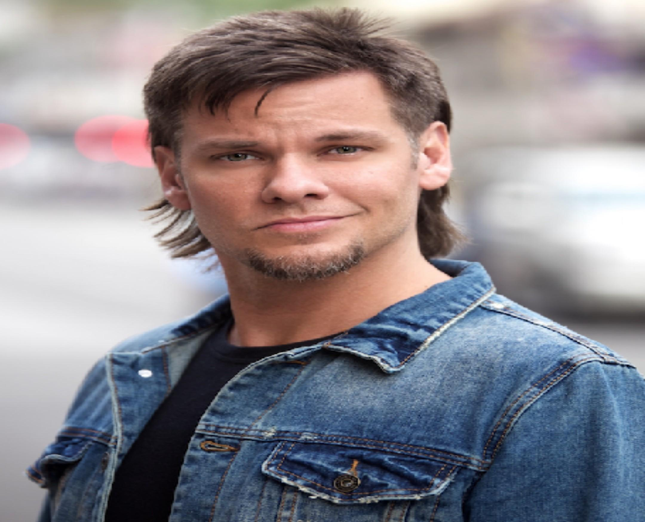 Theo Von Headlines New Year