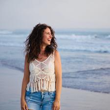 Stephanie Cristina Engeli | Women's Empowerment & Yoga logo