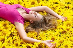 Tap In to Blissful Feelings with a Yoga Nidra Deep Rela...