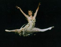 """San Francisco Youth Ballet Presents """"A Mid Summer's..."""