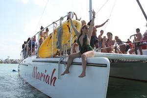 ISLAND MIAMI PARTY BOAT
