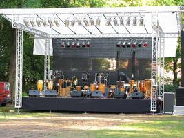 Tiefenrausch Klangkombinat@Open Air im Schloßpark am...