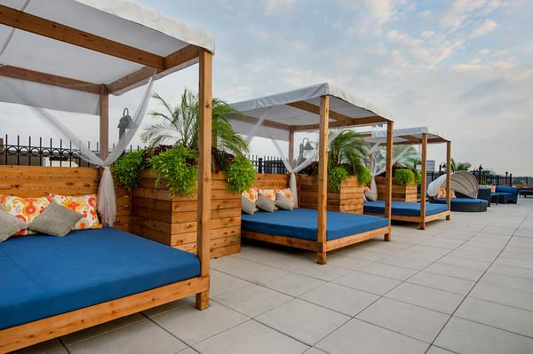 Rooftop Pool & Lounge 2019