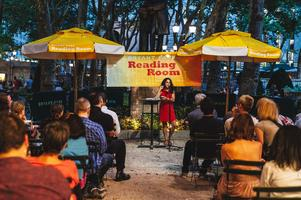 Bryant Park Poetry [Live Poetry Reading]