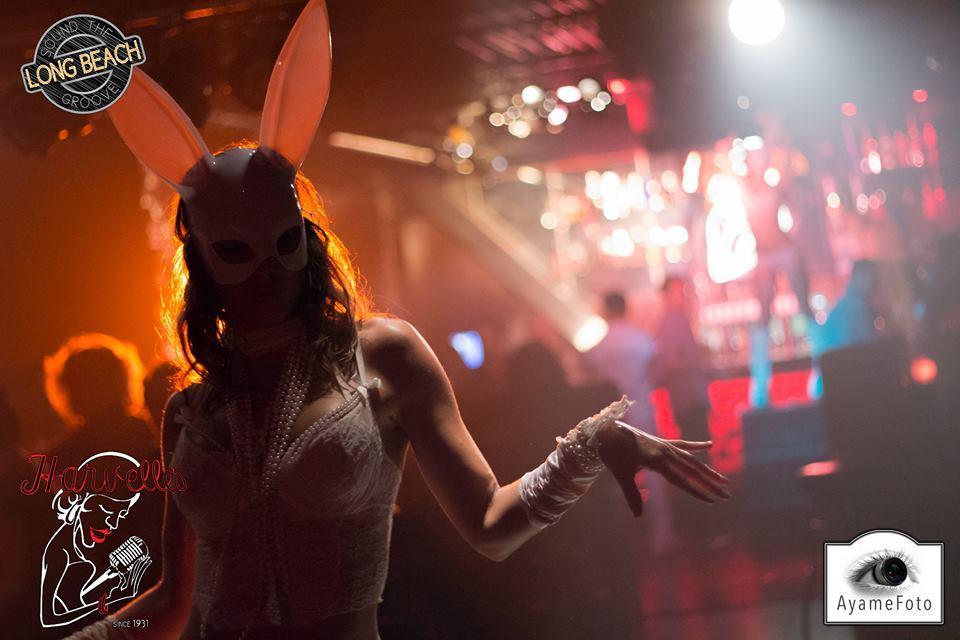 21+/ Masquerade Bash/ Live Music Night | The Delancey NYC