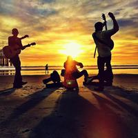 Live Music Every Monday By Everett Coast- No Cover