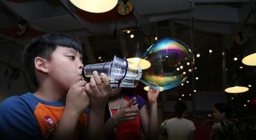 Little Makers: Bubble Trouble